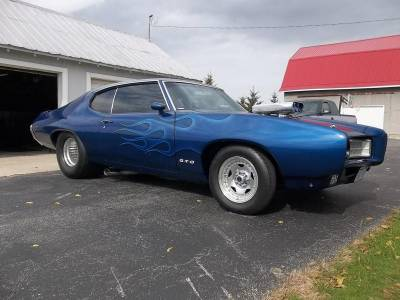 Dave Dillons 1969 GTO Cover