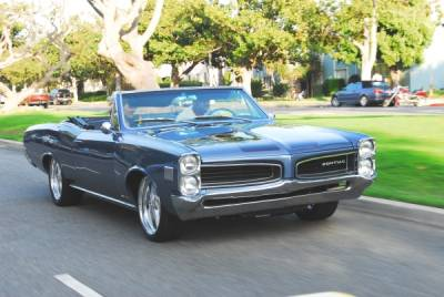 Tony's 1966 Pontiac Lemans Cover
