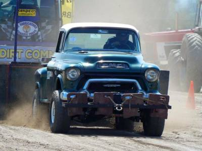 Len Moore's 1955 GMC Superstock 4wd Pull Truck (2016 Update) Cover