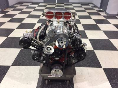 535 cu.in. Butler Performance Pontiac with a BDS 8:71 blower Cover